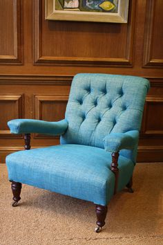 Reupholstered in customer's own fabric, this Howard chair has been transformed !