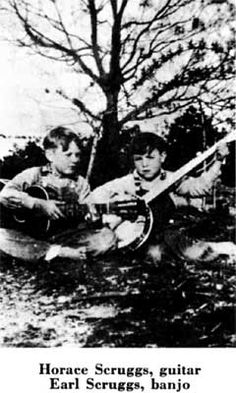 Earl Scruggs & Brother Listened to them on the old radio years ago Country Musicians, Country Singers, Old Pictures, Old Photos, Appalachian People, Appalachian Mountains, American Folk Music, Mountain Music, Bluegrass Music