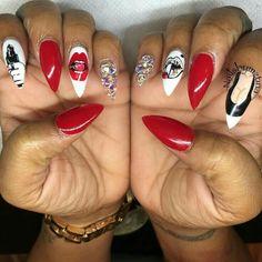 Pin by Amber McClintock on nail art in 2020 Nail Swag, Sexy Nails, Dope Nails, Stiletto Nails, Creative Nail Designs, Cute Nail Designs, Creative Nails, Gucci Nails, Fabulous Nails