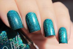 Mean Dean Proffitt - Bright teal linear holo with teal and turquoise shimmer. Pic taken in bright sunshine by @de_briz on Instagram.