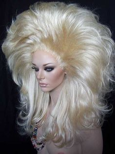 We offer quality women' wigs, Lace Front Wigs, Drag Queen Wigs, Human Hair Wigs Drag Queens, Big Blonde Hair, Pale Blonde, Drag Wigs, Diy Wig, Pin Up Hair, Queen Hair, Wig Making, Wild Hair