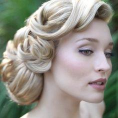 Curls that cascade take our breath away.