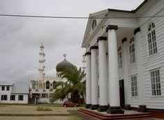 Tempel and Synagoge( Surinam )