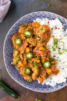 Fiery Chicken Vindaloo - Get Yourself a Plate Now Vindaloo Curry Recipes, Chicken Vindaloo Recipe, Indian Food Recipes, Asian Recipes, Vegetarian Recipes, Healthy Recipes, Ethnic Recipes, Chili Recipes, Turkey Recipes
