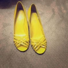 Sexy Yellow Heels- Ralph Lauren, size 9 Ralph Lauren Brand Yellow heels. Gorgeous, make your legs look one mile long! Super stylish. Gently used. Size 9- fits true to size Ralph Lauren Shoes Heels