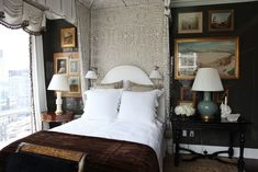 Someone posted one of my photos from Alexa Hampton'sStudy in Contrasts bedroom for Mark Hampton LLC from the 2012 Kips Bay Decorator Show House this morning and it reminded me how much I love this room. It's not just a great example of how you can decorate with traditional and classic elements in a contemporary […]