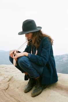 I like her style Looks Street Style, Looks Style, Looks Cool, Style Me, Tomboy Fashion, Look Fashion, Fashion Beauty, Autumn Fashion, Net Fashion