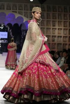 Nizam Brides - Hot Pink and Light Gold Lehenga Ritu Kumar Bridal, Pakistani Bridal Wear, Bridal Lehenga, Pakistani Dresses, India Fashion Week, Fashion Week 2015, Celebrity Fashion Outfits, Celebrities Fashion, Celebrity Style