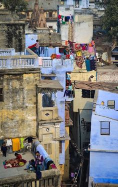 Varanasi, India - Kumbakonam, the faster you arrive, the faster I will fly to Varanasi