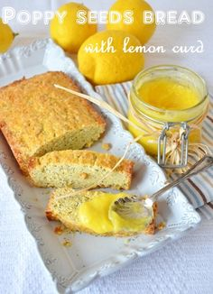 Poppy seeds bread with lemon curd