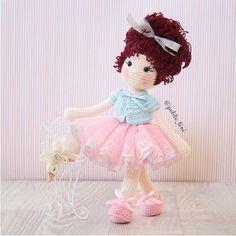 A great way for Little Kikki to start 2017 ..... In The Pink #amigurumi #babynursery #ballet #ballerinadoll #childrensgifts #crochet #crochetdoll #clothdoll #dolldress #dolloutfit #fabricdoll #handmadedolls #kidsdecor #kidsroom #etsy #etsyAU #BubblesAndBongo #あみぐるみ