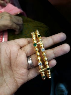 Gold Chain Design, Gold Bangles Design, Gold Jewellery Design, Plain Gold Bangles, Gold Bangle Bracelet, Bracelets, Gold Rings Jewelry, Unique Earrings, Siri