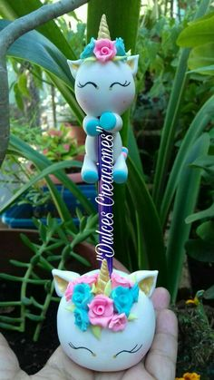 Polymer Clay Pens, Polymer Clay Projects, Polymer Clay Charms, Polymer Clay Creations, Clay Crafts, Diy And Crafts, Fondant Figures, Clay Figures, Art Plastic