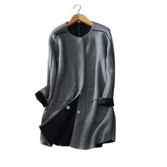 5 colors 100% cashmere thick winter/autumn coats Women's knitted button clothings O-neck long sleeves two pockets coat