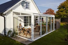 Lean to conservatory with double doors instead of bifold for Garden decking hinckley