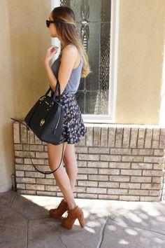 Flowered skirt http://sundaythreds.blogspot.com/