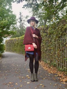 outfit, fall, look, fashion, jeans, denim, poncho, cape