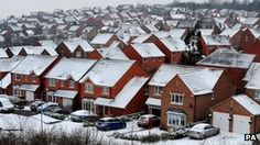 House sales in the UK rose by 5% last year, according to figures from HM Revenue and Customs (HMRC)