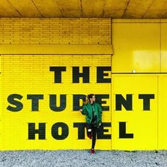 ⚡️🌇A hotel & home for the young at heart of the world! Flash packers, digital nomads, city explorers, students 👨🏽‍💻 and cool people like 📸 @kituska   #tshlife #thestudenthotel