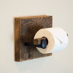 Barn Wood Toilet Paper Holder, rustic toilet paper hanger with railroad spikes Barn Wood Toilet Paper Holder rustic toilet by … Rustic Toilet Paper Holders, Rustic Toilets, Wooden Bed Frames, Toilet Roll Holder, Rustic Bathrooms, Diy Holz, Amazing Bathrooms, Barn Wood, Railroad Spikes Crafts