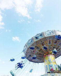 Swinging as if into the beautiful blue sky, carefree, soaring, not a worry, laughing, pure joy. #Hannover #germany #shutzenfest2016 #shützenfest // I wrote about this on my blog if you'd like to go see 👀