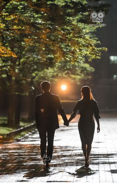 [Drama] Final set of stills from Suspicious Partner Between Two Worlds, W Two Worlds, Ji Chang Wook, Korean Couple, Best Couple, Suspicious Partner Kdrama, 17 Kpop, K Drama, Min Yoonji