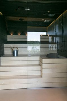 Home Steam Room, Sauna Shower, Sauna Design, Outdoor Sauna, Finnish Sauna, Sauna Room, Spa Rooms, Modern Baths, Saunas