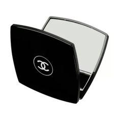 Chanel Compact Mirror, Golf Clubs, Cosmetics, Lifestyle, Nyc, Paris, London, Veneers Teeth, Mirror