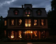 Haunted House Decoration Ideas  . Halloween ...