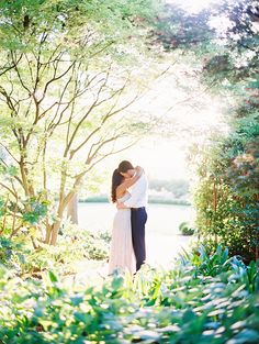 Dallas Wedding Photographer that specializes in modern weddings in dallas fort worth Mountain Engagement Photos, Engagement Couple, Engagement Pictures, Engagement Session, Engagement Photo Inspiration, Wedding Inspiration, Wedding Ideas, Dallas Arboretum, Couple Shoot