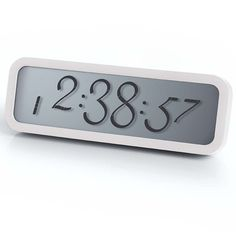 Reloj Despertador Lexon Script Blanco http://www.tutunca.es/reloj-despertador-lexon-script-blanco