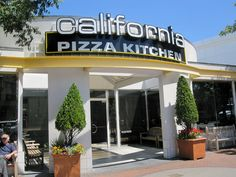 California Pizza Kitchen, Walnut Creek