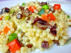 Cuscus cu legume (Cous-cous) - New Ideas Cold Vegetable Salads, Vegetable Recipes, Vegan Foods, Vegan Recipes, Cooking Recipes, Romanian Food, Baby Food Recipes, Food And Drink, Lunch
