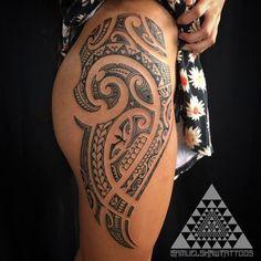 Womens Feminine Polynesian and South Seas style tattooing by Samuel Shaw maori tattoos - maori tattoos women - maori tattoos men - maori tattoos sleeve - maori tattoos designs - maori tattoos traditio Tribal Tattoo Designs, Tribal Tattoos With Meaning, Cool Tribal Tattoos, Hawaiian Tribal Tattoos, Samoan Tribal Tattoos, Tribal Tattoos For Women, Hip Tattoos Women, Tattoo Designs For Women, Tribal Women