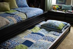craftyc0rn3r: The bed is finally done!