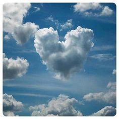 A simplicidade é um caso de amor... Namastê. . . ✿ღ✿•Soℓ Hoℓme•✿ღ✿