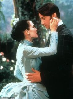 Winona Ryder & Keanu Reeves as Mina Murray and Jonathan Harker in Bram . Bram Stoker's Dracula by Coppola