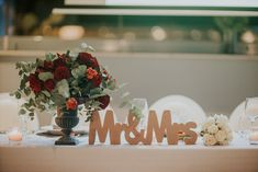 menu, wedding, red velvet theme, elaion loft, athens wedding, wedding party, red flowers, winter theme