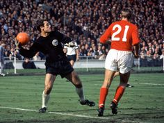 England 4 West Germany 2 in 1966 at Wembley. Hans Tilkowski throws the ball upfield with Roger Hunt lurking in the World Cup Final. Banks, Roger Hunt, 1966 World Cup Final, Bobby Moore, Bristol Rovers, England Shirt, World Cup Match, World Cup Winners, World Cup