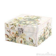 Caixa floral do teste padrão decorada com papel do decoupage