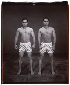 Mary Ellen Mark Exhibition: Twins