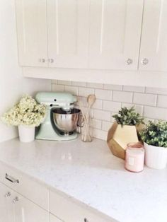 I love the mix of white and pastels.