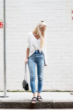 """Victoria Tonegren//""""The Relaxed Way""""//LB//Minimal//Basic//Spring"""
