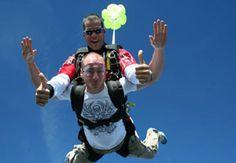 #saut #parachute #sport #air #sensations #activités #activity #loisirs #chute #libre Saut en parachute #Gap #Tallard : saut en #tandem à 4000 mètres d'altitude !