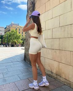Going To The Gym, Perfect Fit, White Shorts, Active Wear, Barcelona, Workout, Hats, Sneakers, Fitness