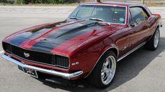 1967 Chevrolet Camaro RS/SS presented as Lot at Houston, TX 1968 Chevy Camaro, Camaro Ss, Custom Muscle Cars, Chevy Muscle Cars, Lifted Ford Trucks, Chevy Trucks, Car Man Cave, Pony Car, Pontiac Firebird