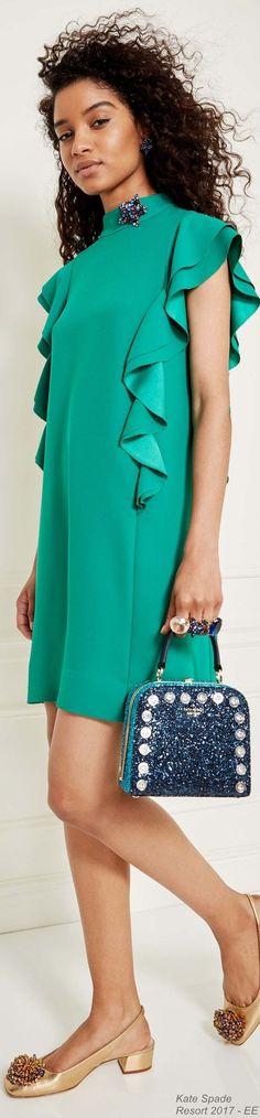 Entzückend! Kaltes Mittelgrün (Farbpassnummer 31) Kerstin Tomancok / Farb-, Typ-, Stil & Imageberatung