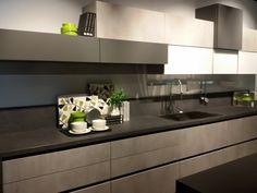 Cucina Lube mod. Immagina Kitchen Furniture, Interior, Kichen Design, Kitchen Decor, Contemporary Kitchen, Kitchen Inspiration Design, Home Decor, Modern Kitchen Design, Cooking Kitchen