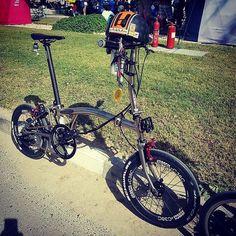 #Brompton # Racer... Christopher V @bromptonclubuae #bikegang #bromptonmods #mybrompton #ridea #josephkuosac