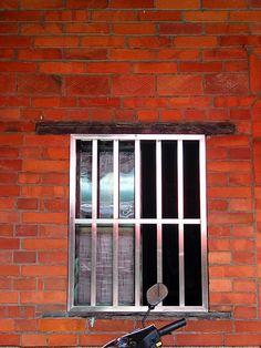 Κάγκελα Ασφαλείας για πόρτες και παράθυρα από την Cancelletto http://www.cancelletto.gr